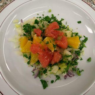 Fenchel-Zwiebel-Salat mit Zitrusfrüchten